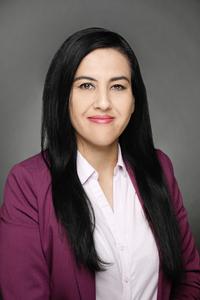Tax Assistant (f) Nadia Wahedi