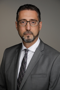 [Translate to Englisch:] Steuerfachwirt Antonino Varveri