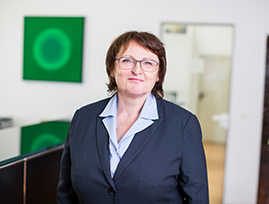 [Translate to Englisch:] Steuerfachangestellte, Lohn-Sachbearbeiterin Albertine Wagner